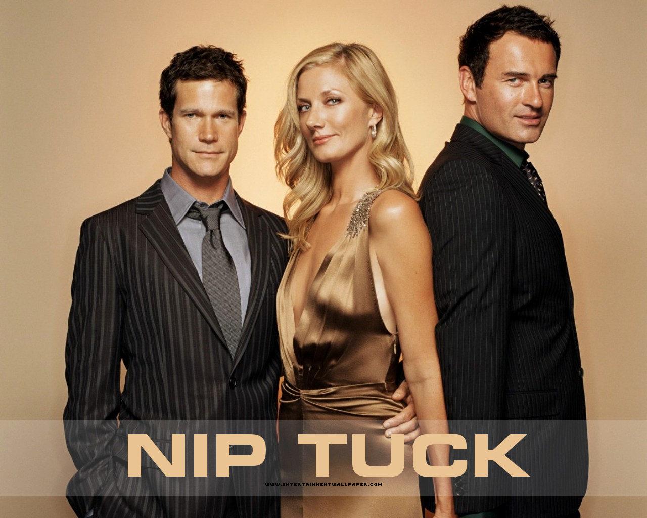 Nip Tuck Random Episode Generator