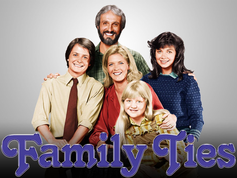Family Ties Random Episode Generator
